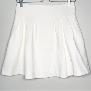 NANETTE LEPORE Pleated Pocketed Skirt 2